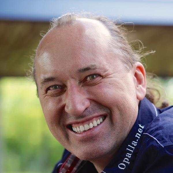 Олег Жовір